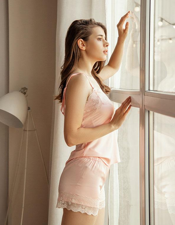 Пижама с кружевом светло-розовая