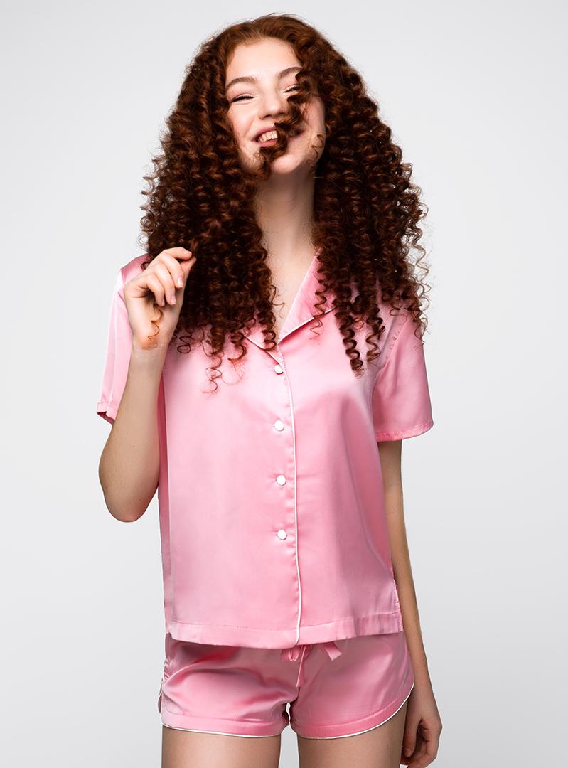 Шелковая пижама с шортами розовая