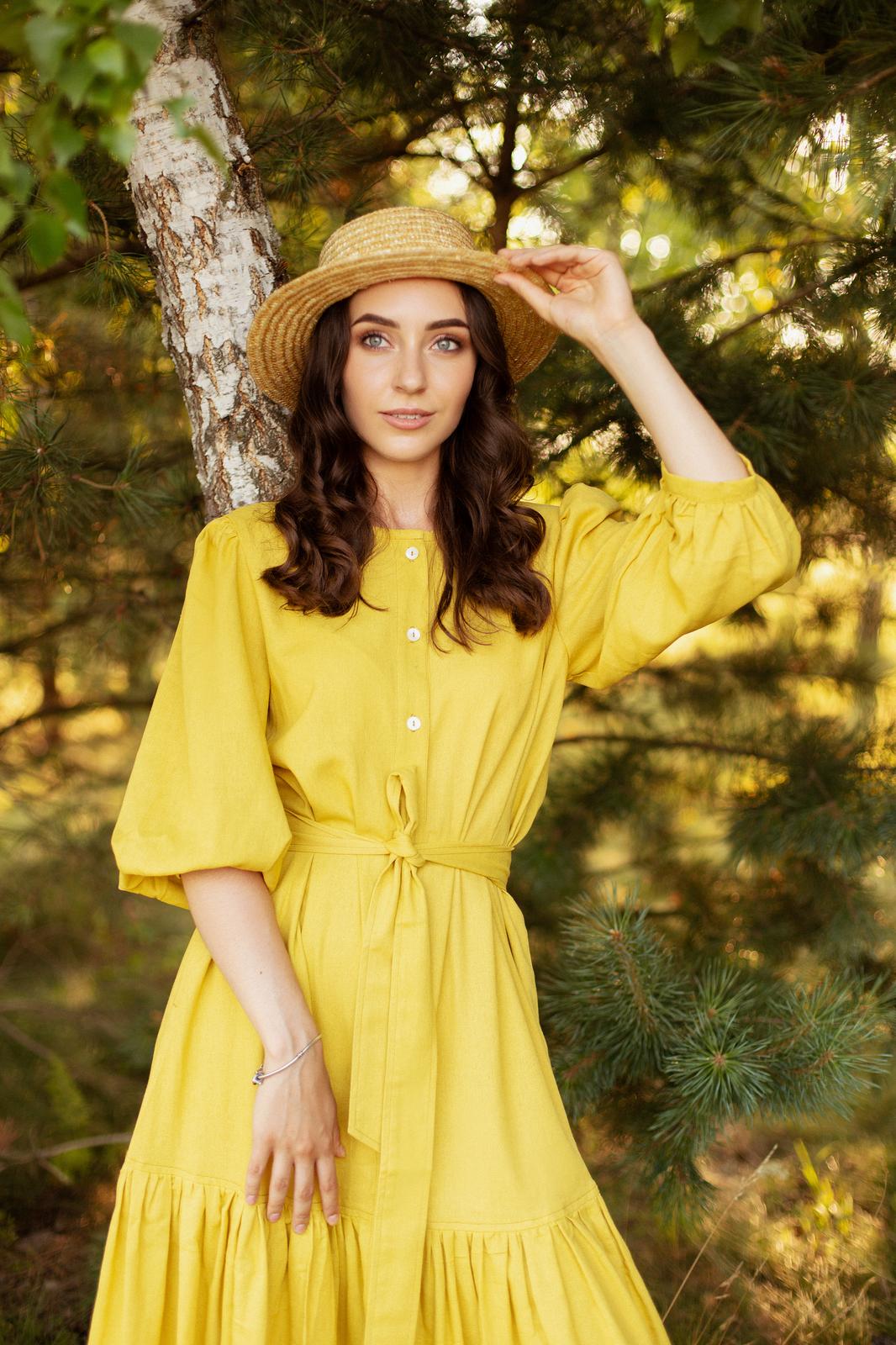 Платье c рукавом буф и оборкой по низу Жёлтое